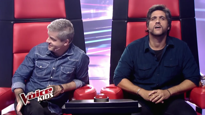 Leo fica impressionado com nova voz do 'The Voice Kids' (Foto: TV Globo)