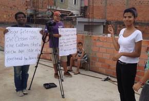 Gravação da parte brasileira do vídeo em homenagem a Malala aconteceu em novembro no Capão Redondo (Foto: Divulgação/Plan Brasil)