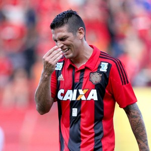 Mark González (Foto: Aldo Carneiro (Pernambuco/Press))