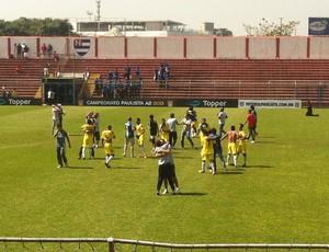 jogadores audax-SP comemora acesso à primeira divisao (Foto: Zé Gonzalez)