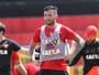 Sport espera por Mena na estreia  pela Sul-Americana, contra Danubio