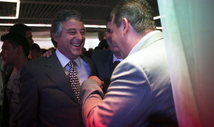 Paulo Nobre e Marcos Della Volpe, presidentes Palmeiras e Ponte Preta (Foto: Marcos Ribolli)