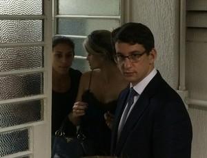Ana Cláudia saiu sem falar com a imprensa (Foto: Guilherme Costa)