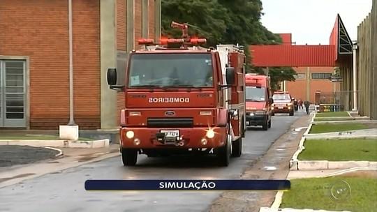 Simulado de incêndio chama atenção de moradores em Ourinhos