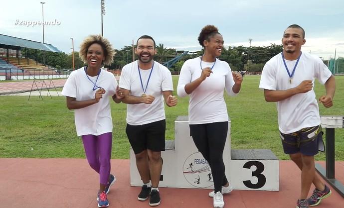 Equipe campeã comemora final das 'Olimpiadas do Zap' (Foto: Rede Amazônica)