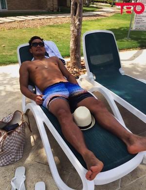 Teo Gutierrez férias (Foto: Reprodução/Twitter)