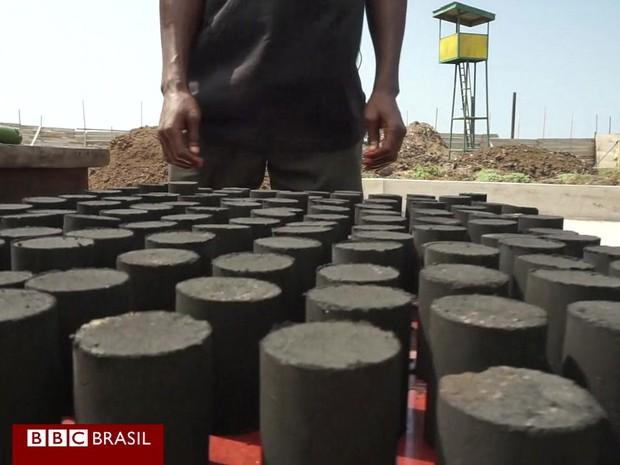 Capital de Gana, Acra, recicla dejetos humanos para criar combustível de cozinha (Foto: BBC)