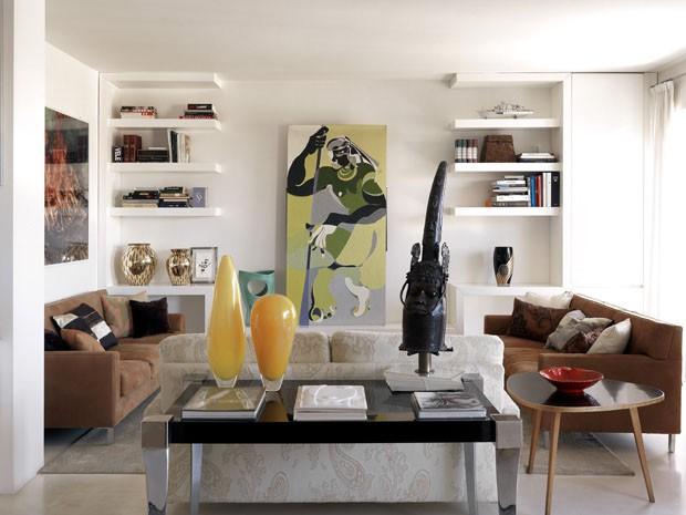 Apartamento em Milão exibe uma mistura expressiva de arte e design (Foto: Massimo Listri/Divulgação)