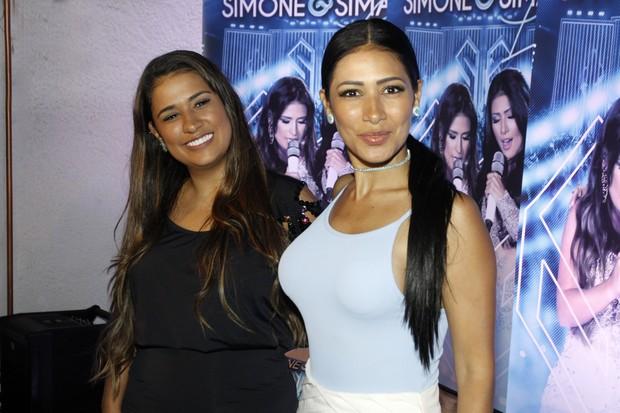 Simone e Simaria (Foto: Celso Tavares / Ego)
