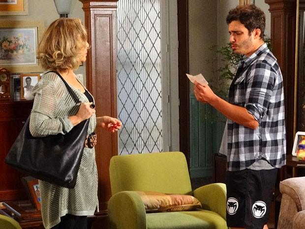 Charlô compra companhia de Zenon (Foto: Guerra dos Sexos / TV Globo)