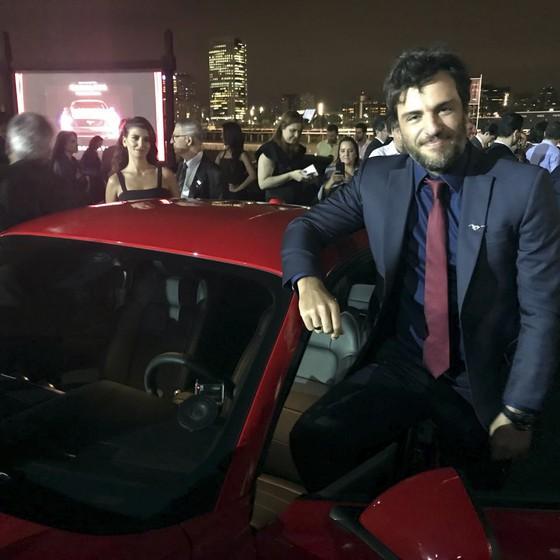 Rodrigo Lombardi: o ator afirma que não sabe detahes da sua volta à TV (Foto: Leo Castro/ Época)