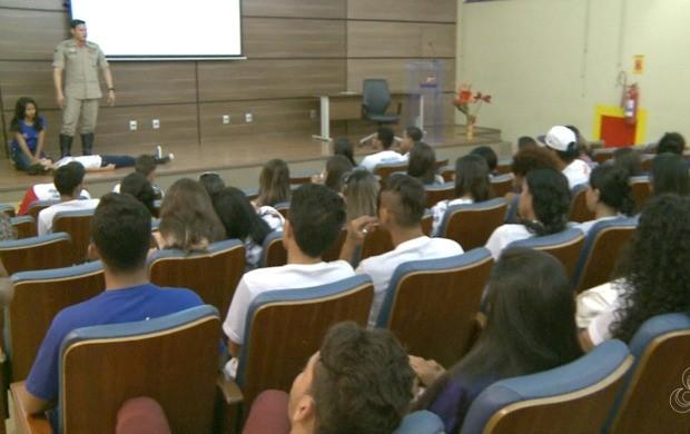 Palestra foi ministrada no auditório do Senac-AC, em Rio Branco (Foto: Acre TV)