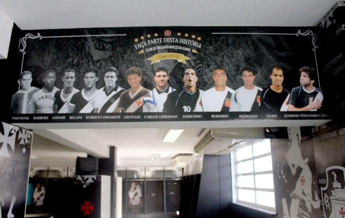 Mural jogadores vasco (Foto: Carlos Gregório Jr / Vasco.com.br)