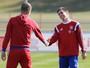 """Guardiola lamenta adeus de Lahm: """"Um dos jogadores mais fantásticos"""""""