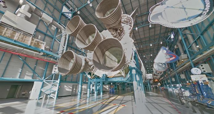 Motor de Ônibus Espacial da NASA registrado no Street View do Google Maps (Foto: Reprodução/Paulo Finotti)