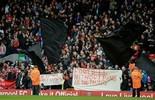 Liverpool volta atrás e reduz o preço  de ingressos após protesto da torcida (EFE)