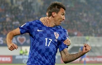 Grupo I: Mandzukic faz hat-trick, e Islândia consegue virada histórica
