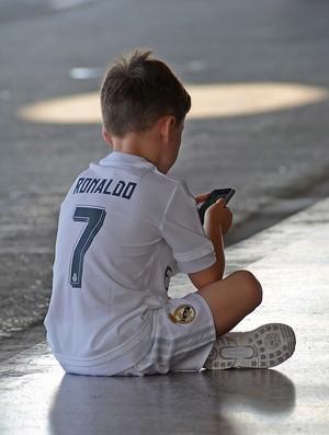 Filho de Rooney usa camisa  de Cristiano Ronaldo