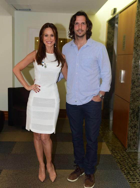Mariana Ximenes e Vladimir Brichta vivem os personagens principais do longa de Claudia Jouvin (Foto: AG. News)