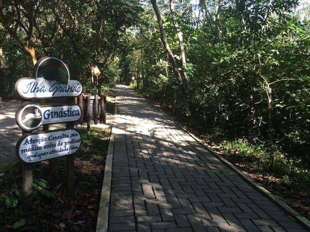 Ilha Grande, em Guararema, tem espaço para a prática de esportes (Foto: Cristina Requena/G1)