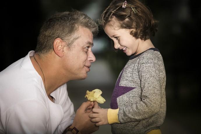 Feliz dia dos pais, Fábio! (Foto: Raphael Dias/Gshow)