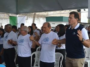 Francisco Dimas, diretor regional da Rede Amazônica no Amapá, Aluízio Daou, vice-presidente da Rede Amazônica, Phelippe Daou, diretor-presidente da Rede Amazônica, e Phelippe Daou Júnior, diretor-presidente do Amazon Sat, participaram da missa em ação de  (Foto: Rodrigo Sales/G1)