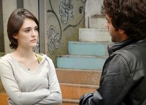 Fabinho e Giane discutem (Foto: Sangue Bom/TV Globo)