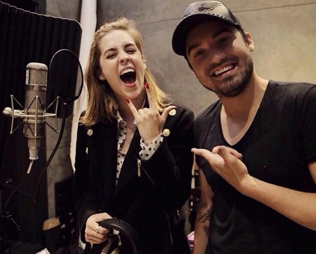 Sophia Abrahão e Fernando Zor posam animados no estúdio  (Foto: Arquivo Pessoal)