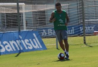 Grêmio x Aimoré jogo-treino CT Luiz Carvalho Edílson (Foto: Tomás Hammes/GloboEsporte.com)