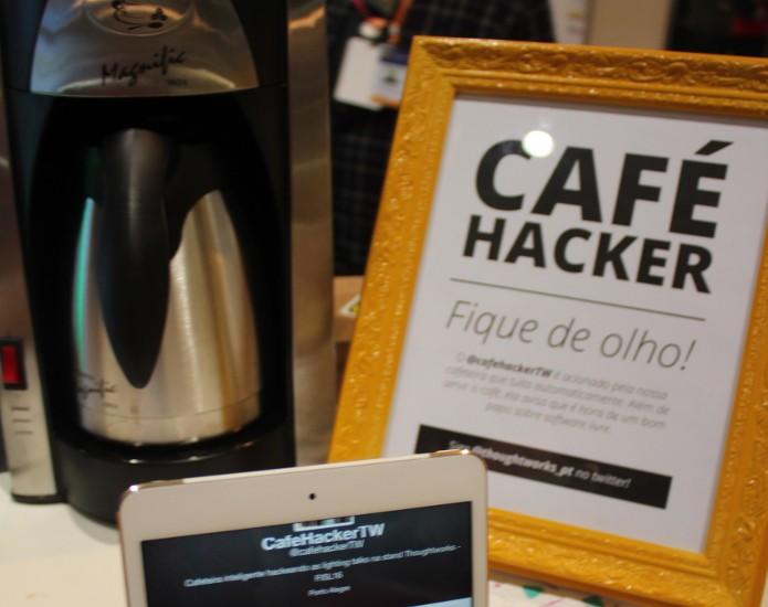 A cafeteira usa Arduíno e bibliotecas livres para se conectar à internet. (Foto: Ana Maria Muller Mor)