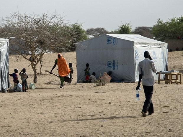 Cerca de 5 mil refugiados nigerianos estão vivendo no campo de Dar Es Salaam, no Chade (Foto: Sylvain Cherkaoui/Cosmos/ Médicos Sem Fronteiras)