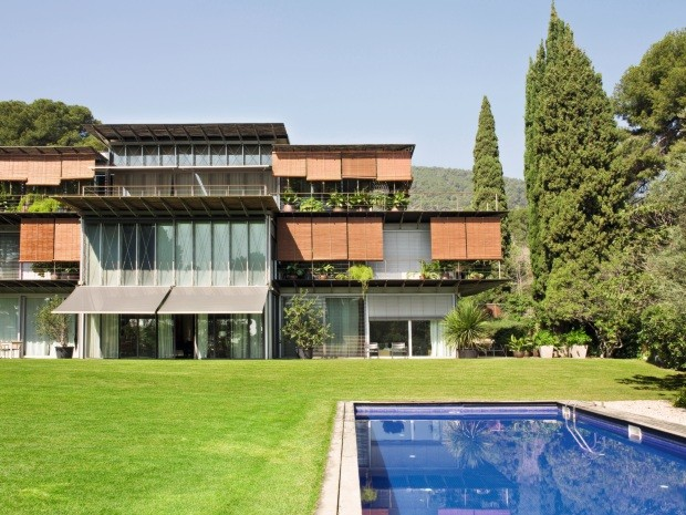 Casa de empresaria espanhola em barcelona e cheia de memorias (Foto: Montse Garriga)