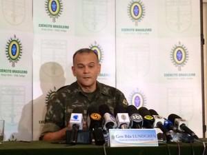 General Lundgren falou sobre a atuação das Forças Armadas na Maré (Foto: Cristiane Cardoso / G1)