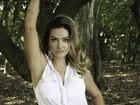 Laura Keller, de 'Pé na Cova', posa sensual para revista