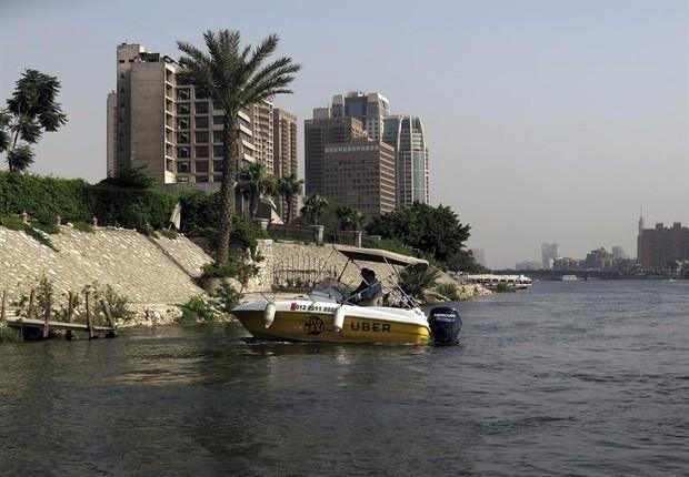 Uber incluiu a modalidade do Nilo entre suas opções na capital do Egito, por enquanto em fase de testes (Foto: EFE)