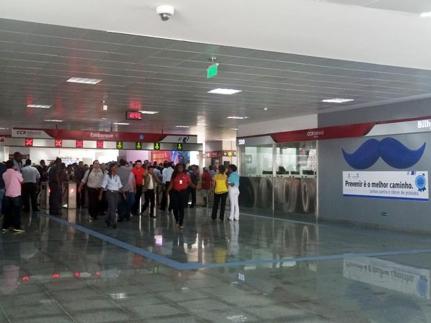 Estação do metrô da Bonocô foi aberta ao público na manhã desta sexta-feira (Foto: Juliana Almirante/G1)