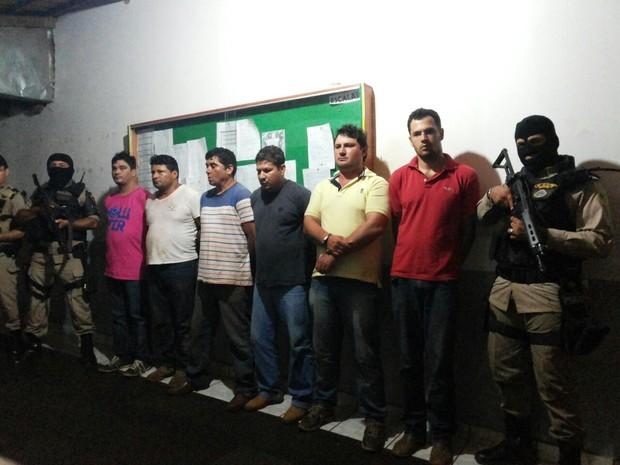 Membros de suposta quadrilha foram presos em Tocantinópolis (Foto: Dilvulgação/PM-TO)