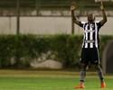 Sassá é alvo de cobiça, e Botafogo monitora mercado por mais atacantes