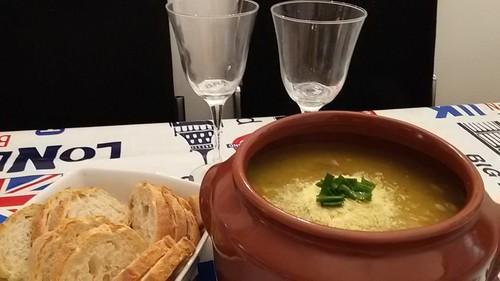 Sopa de Legumes com Paleta em Cubos