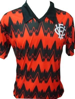 camisa retrô vitória (Foto: Reprodução)