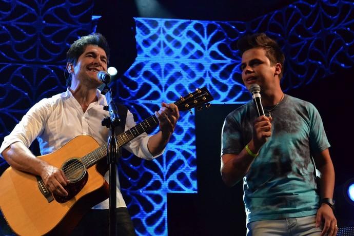 Dyba cantou no Show de Daniel em Florianópolis, em 2014 (Foto: Arquivo pessoal)