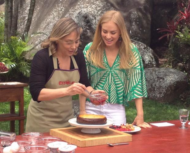 Heloísa Périssé ensina Angélica a fazer cheesecake de sobremesa (Foto: Paula Santos / Gshow)