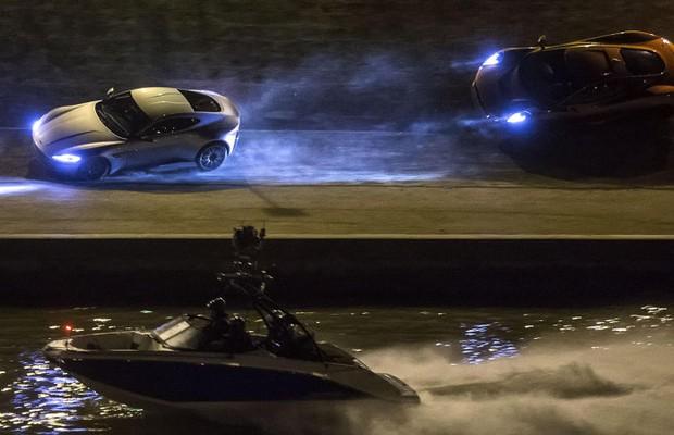 007 Contra Spectre destruiu modelos da Aston Martin, entre outros (Foto: Reprodução)