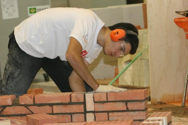 Ariel irá disputar na ocupação de Construção em Alvenaria (Foto: Evande Silva/divulgação)