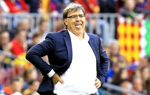 Tata Martino no jogo Barcelona e Atletico de Madrid (Foto: EFE)