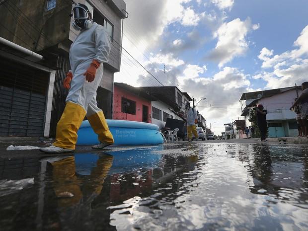 Prática do 'está tudo bem' é defeito da gestão brasileira: o exemplo do vírus zika
