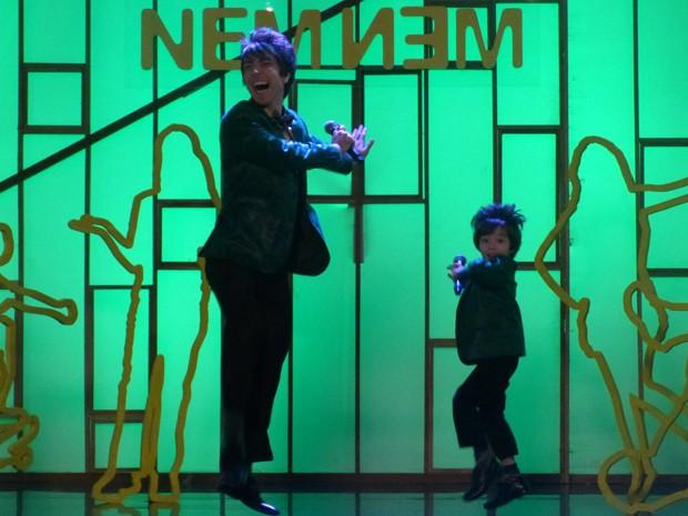 Shin e Tomás se apresentam juntos na abertura do Geração Nem-Nem (Foto: Geração Brasil/TV Globo)