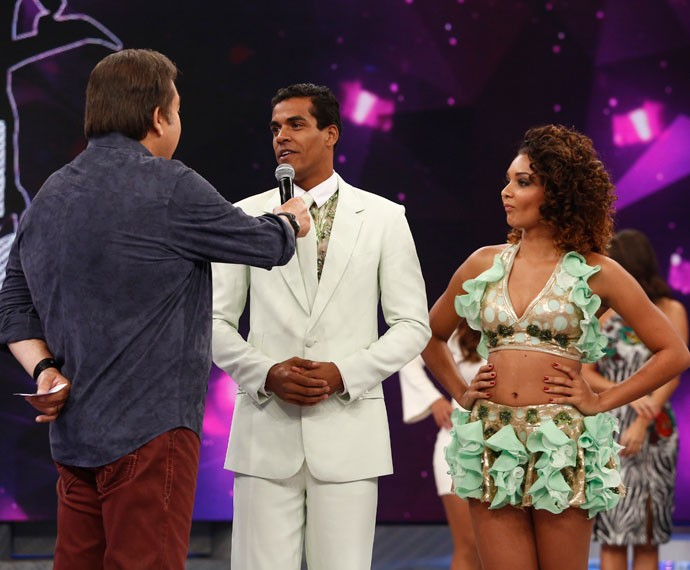 Francielle Pimenta dançou com Marcello Melo Jr.  (Foto: Raphael Dias)