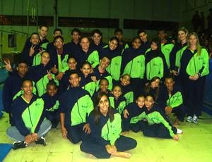 Equipe de alunos que representou Uberaba em Guarulhos (Foto: Raphael Mendes / Arquivo Pessoal)