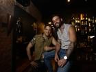 Bar voltado ao público LGBT inaugura noite da música sertaneja